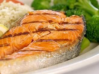 Rybí maso je zdravé, i když obsahuje tuky