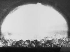 První jaderný výbuch