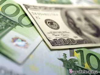 Peníze, euro, dolar