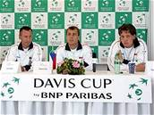 Losov�n� Davis cupu: Cyril Suk, Tom� Z�b a Tom� Berdych.