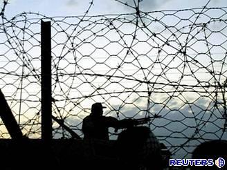 Egyptští vojáci zatím situaci v Rafáhu pouze sledují