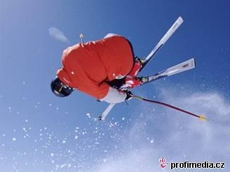 lyžování, helma