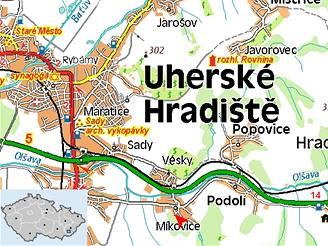 Tragická nehoda uzavřela silnici na Uherskohradišťsku