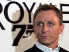 Herec Daniel Craig v Praze