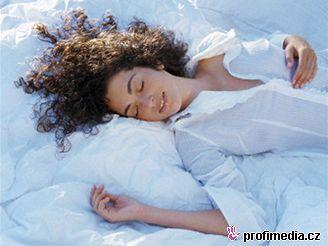 Ve spánku váš mozek neodpočívá, ale zpracovává podněty přijaté v průběhu dne.