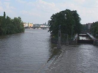 Plavební komora Smíchov v roce 2002