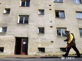 Při cvičení simulovaného úniku chlóru z nedaleké chemičky došlo i k částečné evakuaci obce Rybitví.