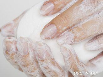 Důkladné mytí rukou vás může ušetřit celé řady nepříjemných infekcí.