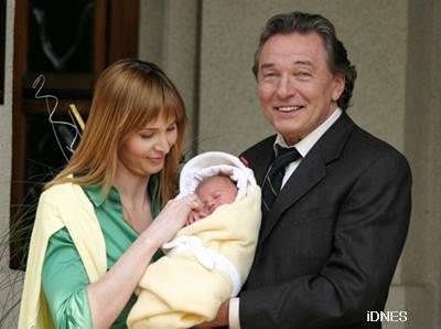 Karel Gott, Ivana Macháčková a malá Charlotte Ella