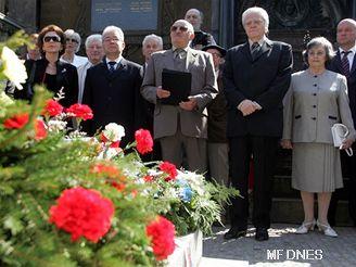 Skladatel dožil v Chorvatské metropoli, kde byl donedávna také pohřben.