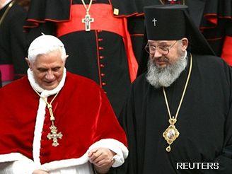 Papež Benedikt XVI. s arcibiskupem Jeremiášem