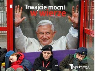 Papež Benedikt XVI. na plakátu