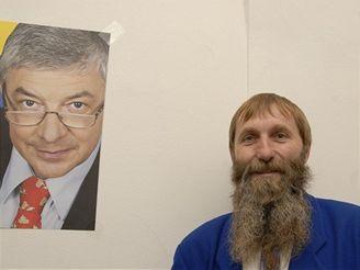 Sympatizant Vladimíra Železného sledoval s lídrem Nezávislých demokratů volby v galerii Zlatá husa