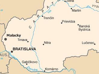 U slovenských Malacek havaroval český autobus