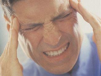 Zatímco migrény se častěji vyskytují u žen, cluster headache je spíše záležitostí mužů.