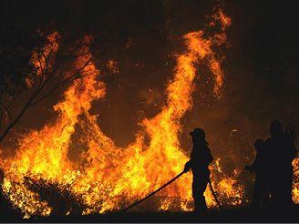 Požár u města Cardedo na severozápadě Španělska
