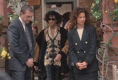 Osobní strážce - Kevin Costner a Whitney Houston