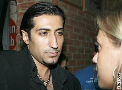 Ali Amiri sváděl svým šarmantním pohledem přítomné dámy - ADL153dab_IMG_0168