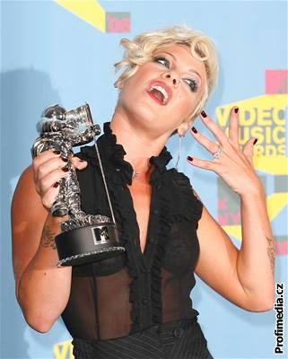 Kliknutím zobrazíte větší formát - MTV Video Music Awards 2006, Pink