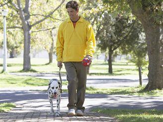 Chůze, zdraví - ilustrační foto.