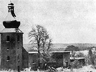 Kostel ve Smrkovci těsně před zánikem v roce 1960