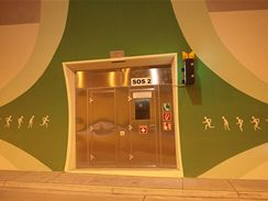 Valík - SOS hláska uvnitř tunelu