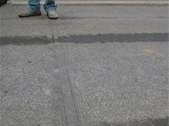 Valík - tlakové lišty na měření váhy projížějících automobilů