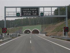 Valík - směr od Prahy