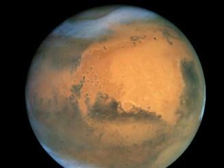 Mars ve vzdálenosti 69 milionů kilometrů od Země - 2001