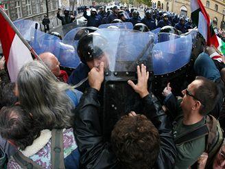 Nepokoje v Maďarsku