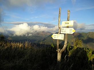 Na vrcholu Baby (1617 m) nad Vajskovskou dolinou