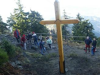 Kříž na Lysé hoře