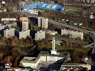 Ostrava, nová radnice a Baník