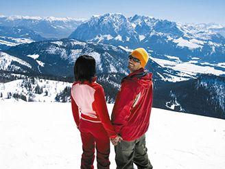 Dvojice v lyžařské oblasti Tauplitz - Štýrsko, Rakousko
