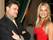 Miss World Taťána Kuchařová a Karel Svoboda na benefičním koncertě Vánoční královny pro Kapku naděje