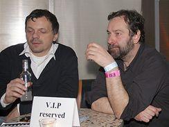 Radek John nečekaně dorazil na párty v Klubu Duplex