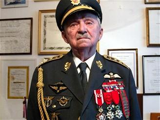 Generál František Peřina