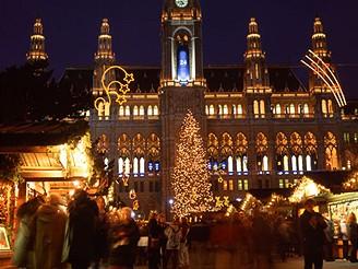 Vánoce ve Vídni, trh před radnicí