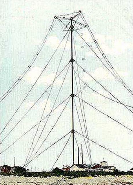Anténa v Brant Rock (přes 120 m)