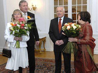 Prezidentský a premiérský pár v Lánech
