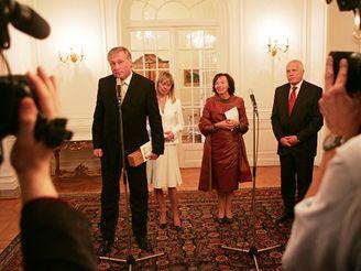Premiérský pár na obědě v Lánech