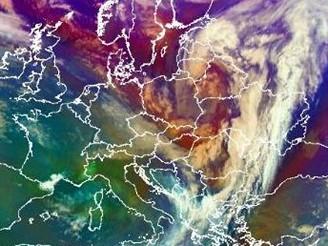 Orkán nad Českem slábne - stav v 7:00 19. ledna