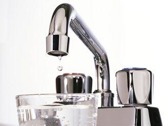 Voda z kohoutku prokáže vašemu zdraví úplně stejnou službu jako balená voda.