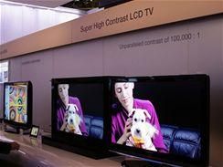 CES 2007 - Samsung LCD televize s LED podsvícením