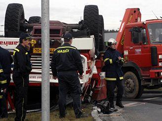 Havárie hasičského speciálu v Plzni