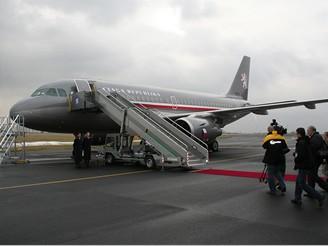 Armádní Airbus A319CJ