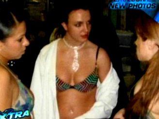 Britney Spearsová ve striptýzovém klubu