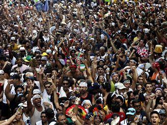 V Brazílii odstartoval největší světový karneval.