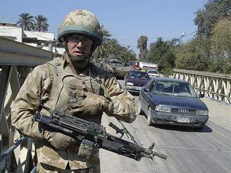 Britský voják v Basře