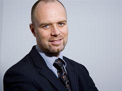 Rainer T. Grumann, výkonný viceprezident pro obchod a marketing společnosti STROM telecom